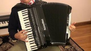Ballad of the Green Berets on accordion