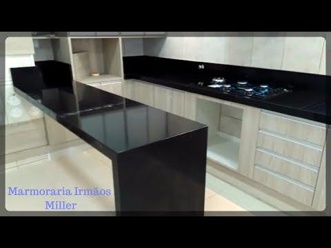 Cozinha + Mesa | Granito Preto Semi Absoluto | Marmoraria Irmãos Miller - Canal