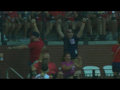 Fan makes a great snag, runs down tunnel