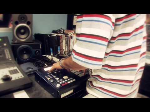 DJ Vega Benetton making beats with the MPC