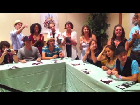 Darren Criss & Cast from A Very Potter Musical meeting fans at Infinitus 2010 Harry Potter