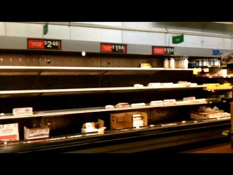 Chattanooga Walmart Sold Out Due To Snow Storm!
