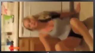 Пьяная тёлка это жесть!!!Интересное видео!!!