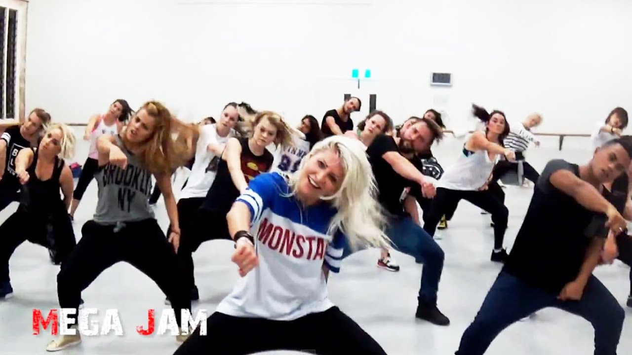 'Watch Me' (Whip / Nae Nae) Silento #WatchMeDanceOn choreography by Jasmine Meakin (Mega Jam)