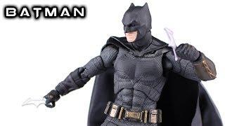 Mafex BATMAN Justice League DC Extended Universe Action Figure Review
