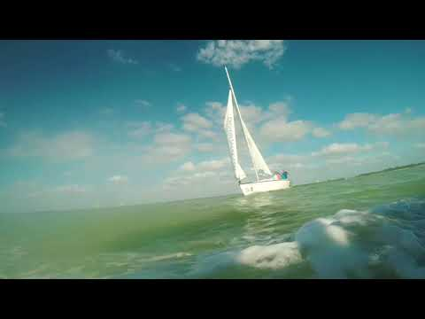 Offshore Sailing corporate team building and leadership development sailing programs