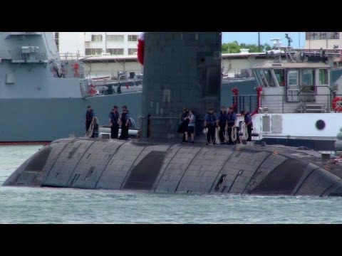 Royal Canadian Navy Submarine HMCS Victoria Arrives at Pearl Harbor