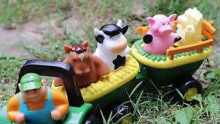 FUN Pretend Play Farm Toy Set! Old MacDonald John Deere Hayride!
