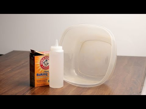 How to clean food containers with vinegar and baking soda