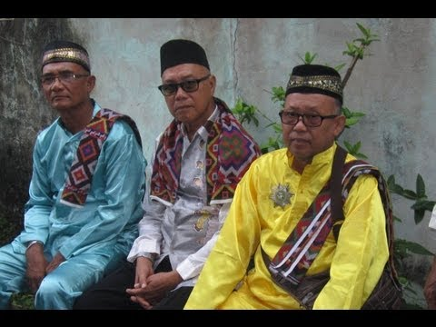 """""""Sultan of Sulu"""" claims followers mistakenly detained in Sabah"""