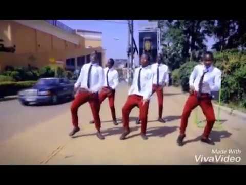 Dogo Mwala Cayna   Smart Phone-dance  VIDEO