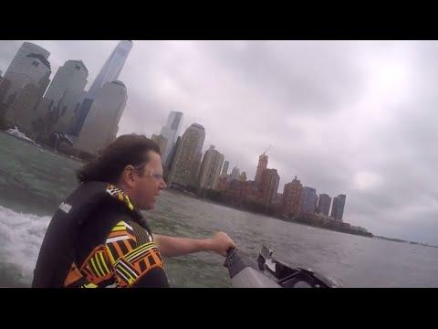 Race Around Manhattan: 260hp Watercraft Vs. Can Am Spyder F3