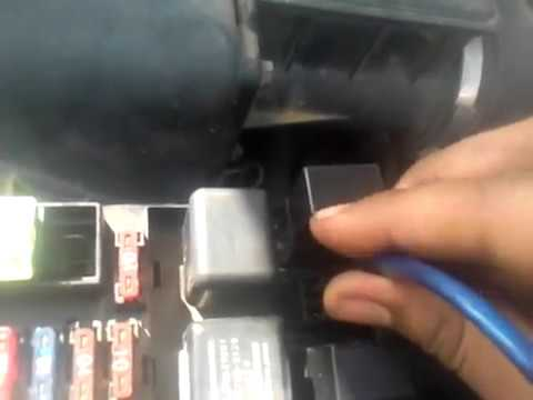 2007 E350 Fuse Diagram How To Bypass A Nonworking Horn Button Youtube
