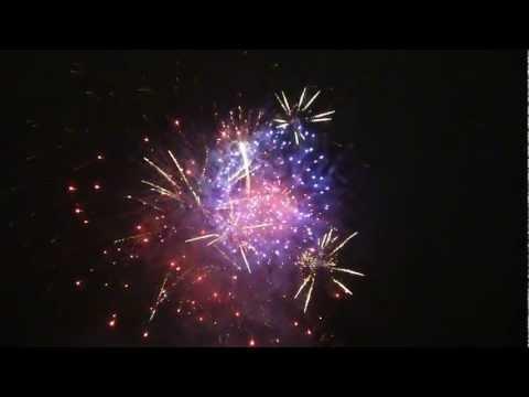 [HD720p] Pháo hoa đón giao thừa năm 2013 - Quý Tỵ (pháo hoa Tết Quý Tỵ)