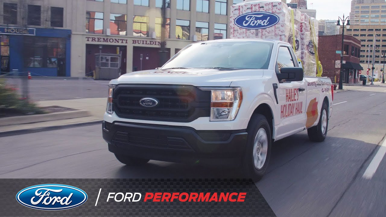 Hailie Deegan Delivers Turkeys to Detroit Families in Need in New 2021 Ford F-150 | Ford Performance