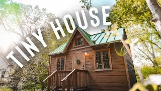 Gambar cover MOST POPULAR AIRBNB IN TENNESSEE! | Tiny House Tour!