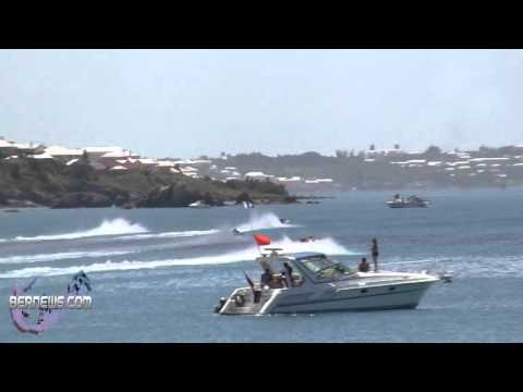 Start Of Around The Island Powerboat Race, Aug 12 2012