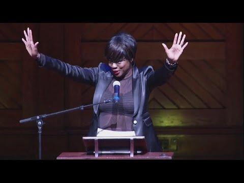Viola Davis honoured by Harvard