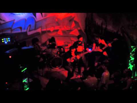 For The Kingdom - 27's and 1080p - Live Ventura Music Factory 7/11/2015