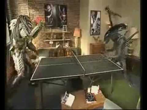 Hide and see aliens vs predator with friends (funny