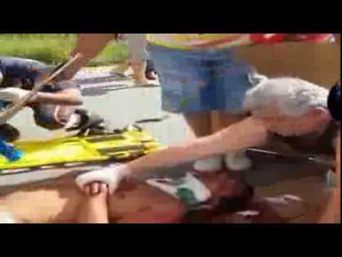 Atendimento Acidente Real - BR 101 Primeiros Socorros de YouTube · Duración:  13 minutos 52 segundos  · Más de 175.000 vistas · cargado el 25.08.2013 · cargado por Beatriz Ramos