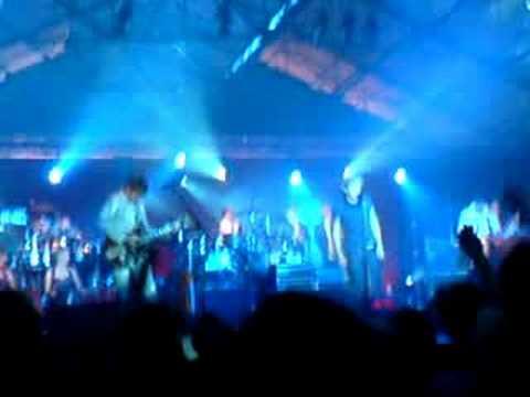 Mark Ronson - Just, Live Belfast 2008