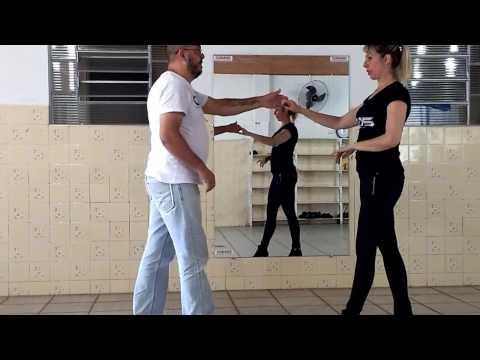 Aprenda devagar - Aula de forró -  passo gingado