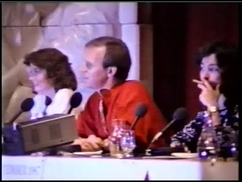 Doctor Who Convention - A disaster in the making! (Peter Davison, Janet Fielding & Sarah Sutton)