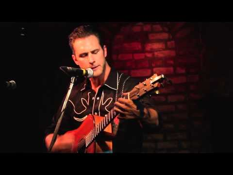 Matt Wells - Gold [live at C'est What]