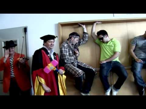 Lip Dub ETSID UPV 2010 - United State of Pop 2009 (DJ Earworm) - Valencia (Spain)