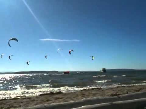 Jetty Island kiteboarding race