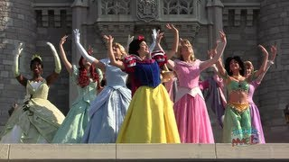 Repeat youtube video All 11 Disney Princess gathering for the first time for Merida's coronation at Walt Disney World