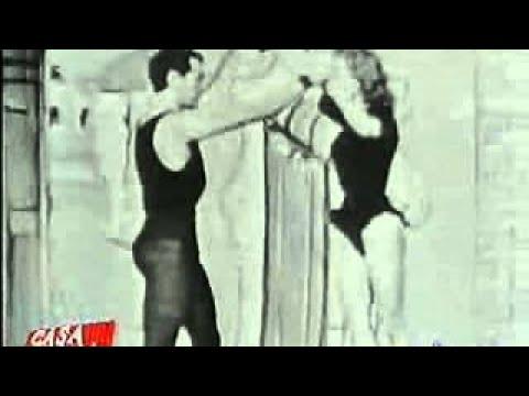 La piazzetta 1956 - Il balletto dello scandalo Articolo apparso su The Verge: