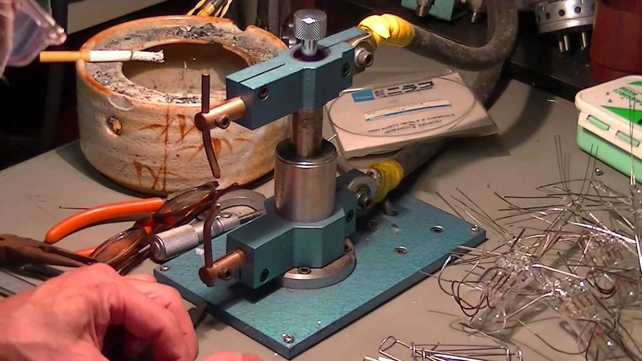 how to build a p c Short 23 minute video showing how easy it is to assemble a computer: link collection of build videos done by the staff at pcpartpicker: link important do's and do not's.