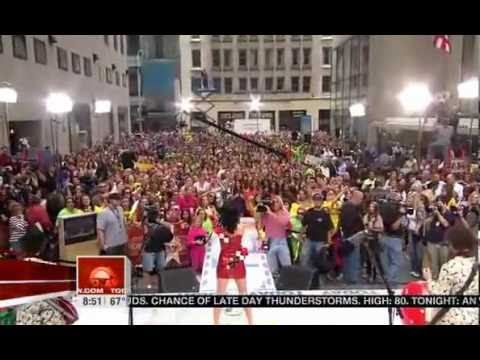 Katy Perry - Waking Up In Vegas (Live on Today Show)