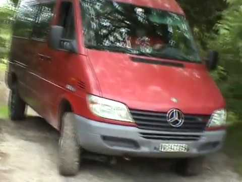 mercedes sprinter 4x4 suisse chez les petits gros youtube. Black Bedroom Furniture Sets. Home Design Ideas