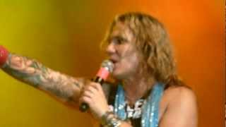 Steel Panther - 17 Girls in a Row (Live @ The Manchester Academy, UK, March 2012) [HD]