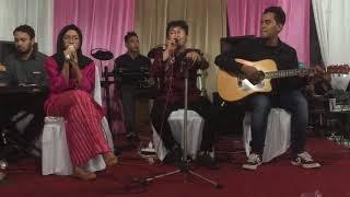 Gambar cover Ya Maulana cover by isti and the swan band
