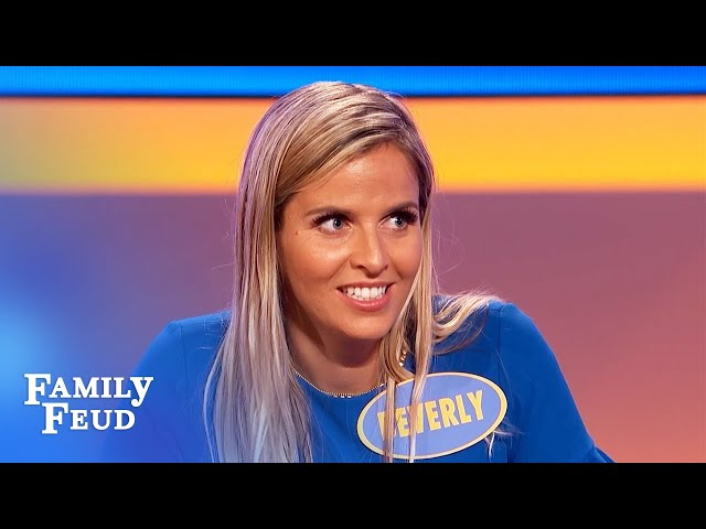 Lady crab thinks her king crab is SEXY cuz... | Family Feud