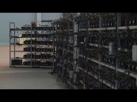 Le Bitcoin : une monnaie virtuelle... et très polluante ?