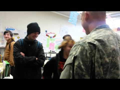 Army brother surprises his sister