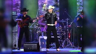 "Bobby Pulido - ""Vanidosa"" en vivo"