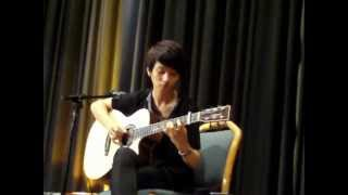 Download Lagu Sungha Jung LIVE in Blomberg/Germany 26.08.2012 - Minuet in Fingerstyle mp3