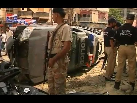 Taliban bomb: 12 killed, anti-terrorism judge injured in Karachi attack