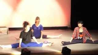 りんごの種旗揚げ公演「CLOSET」メイキング風ビデオです。 作・演出・振...