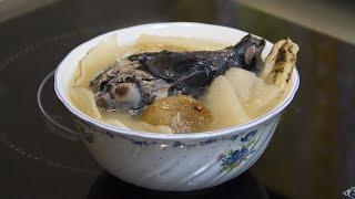 保健湯水 - 補氣潤肺烏雞湯(女の子のスープ)