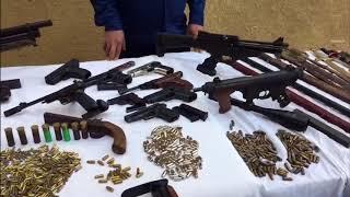 ضبط أحد العناصر الإجرامية بالشرقية لقيامه بالإتجار فى الأسلحة النارية والبيضاء