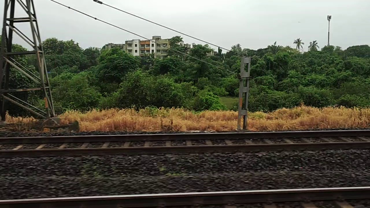 Naigaon to Vasai Train Ride - Mumbai Local Trains