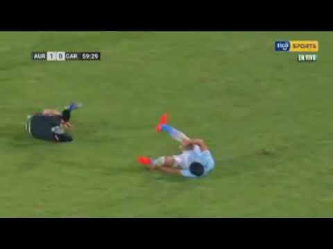 jugador-de-futbol-se-fractura-el-pie