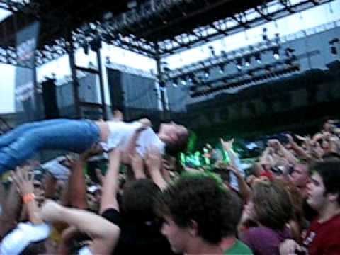 groped while crowd surfing